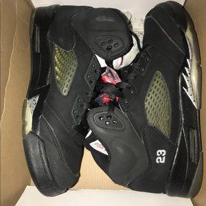 Audit Jordan size 6.5y 8 women's